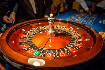 roulette-wheel-table